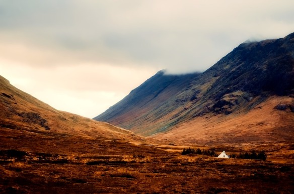 scotland-2459910_960_720 (1).jpg